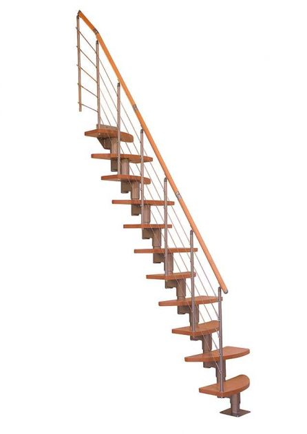 Space saving staircase for more narrow rooms